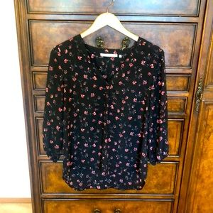 3/$15 Violet and Claire flower top